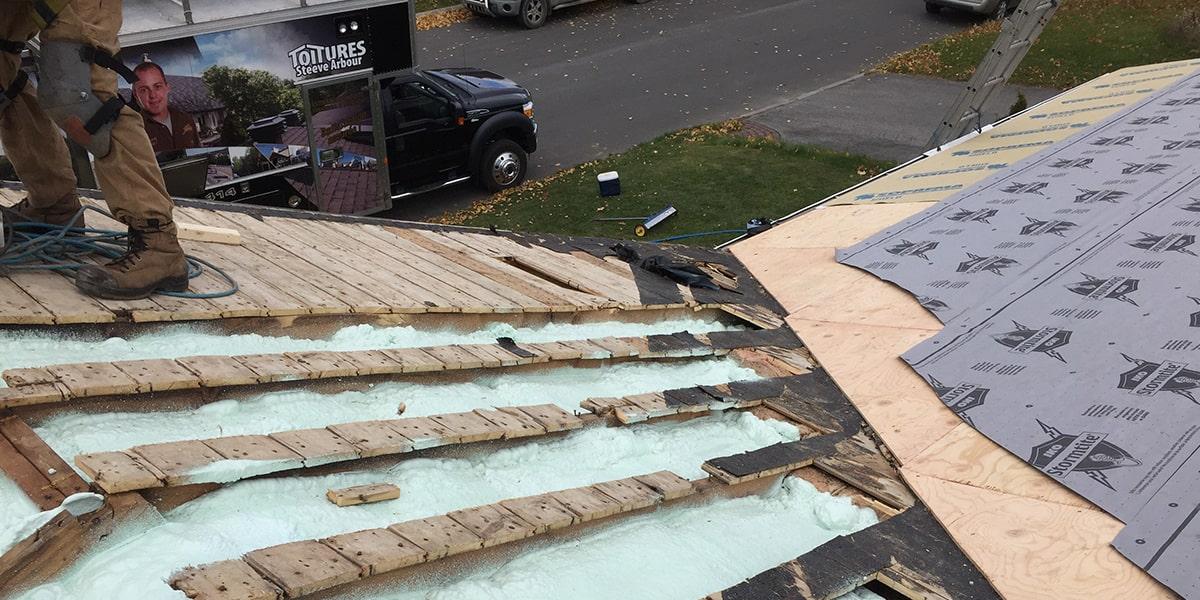Isolation et Ventilation, toit en pente, Québec